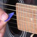 Plettri per chitarra, basso ed altri strumenti a corda